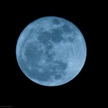 Gorgeous-Equinoctial-moon-3